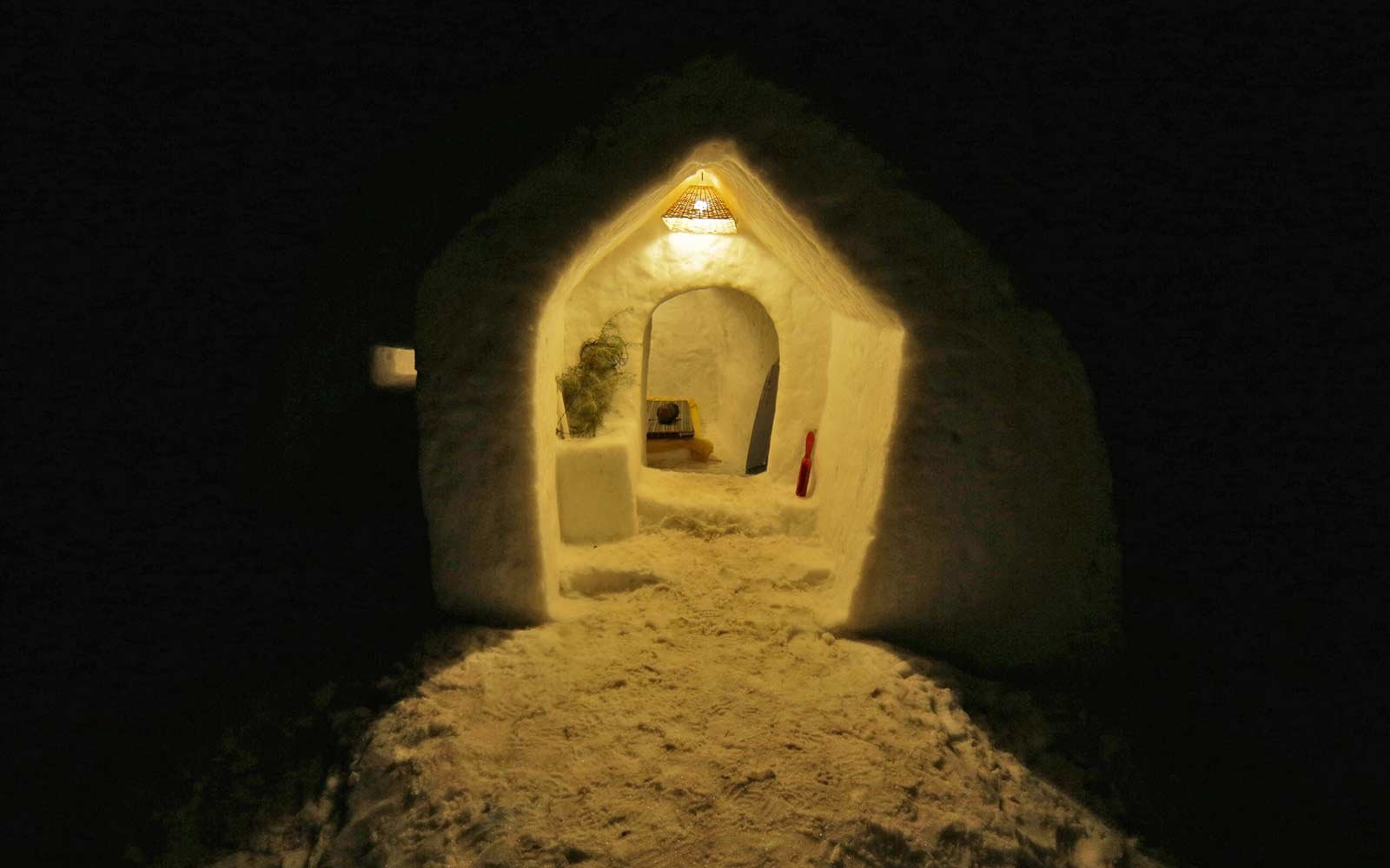 Stay In Igloo Mountains Of India Travel Leisure