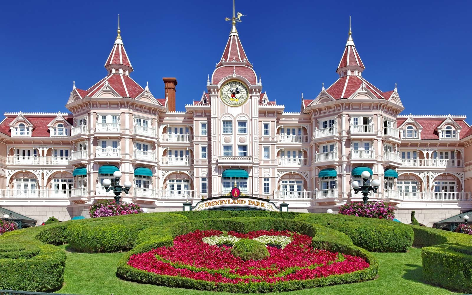 Disneyland Paris Worth Visit Travel Leisure