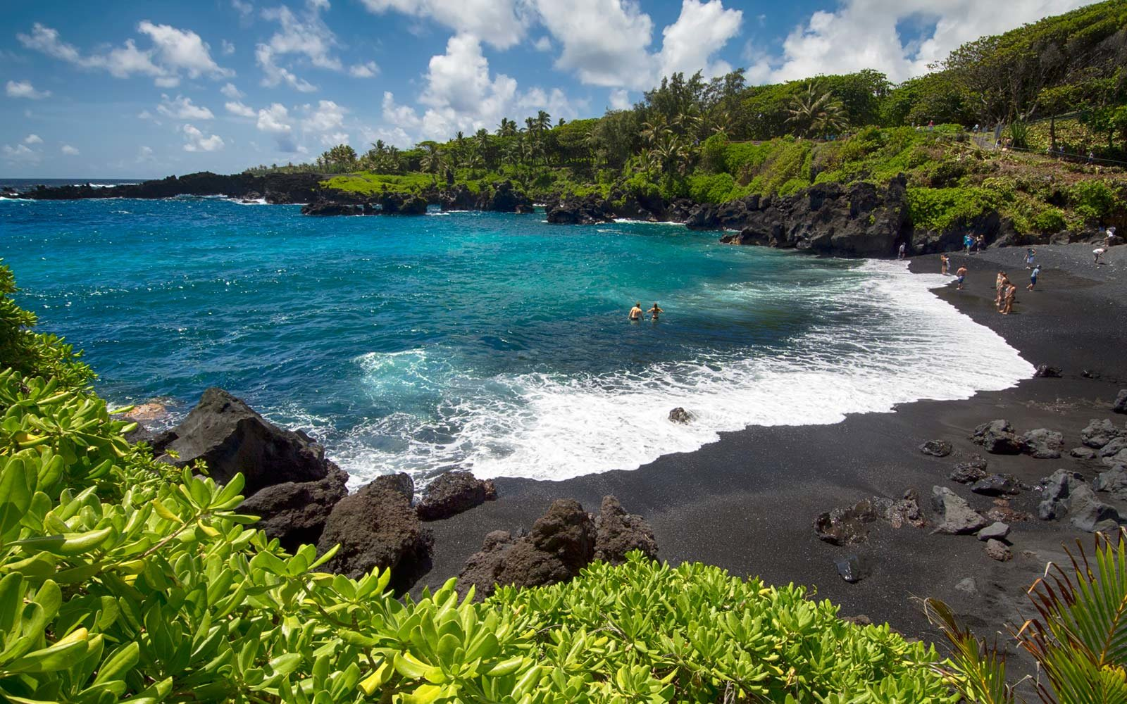 A Hawaiian Islands Guide Top Points of Interest Travel