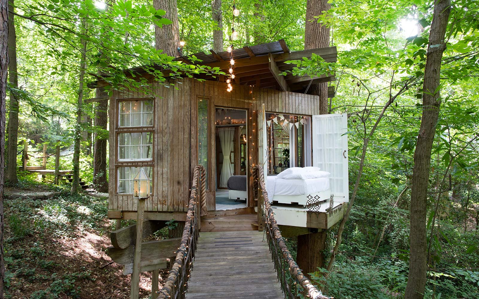 The Best Airbnbs to Rent for Fall Foliage Views  Travel