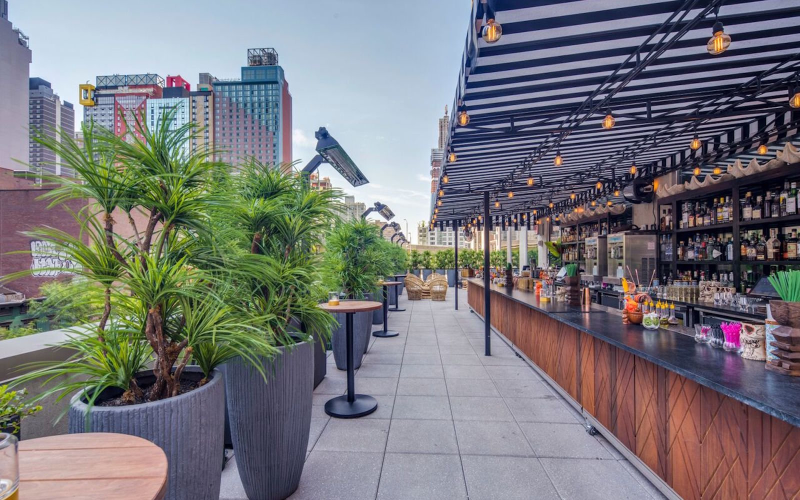 Rooftop Bars In Nyc Travel Leisure