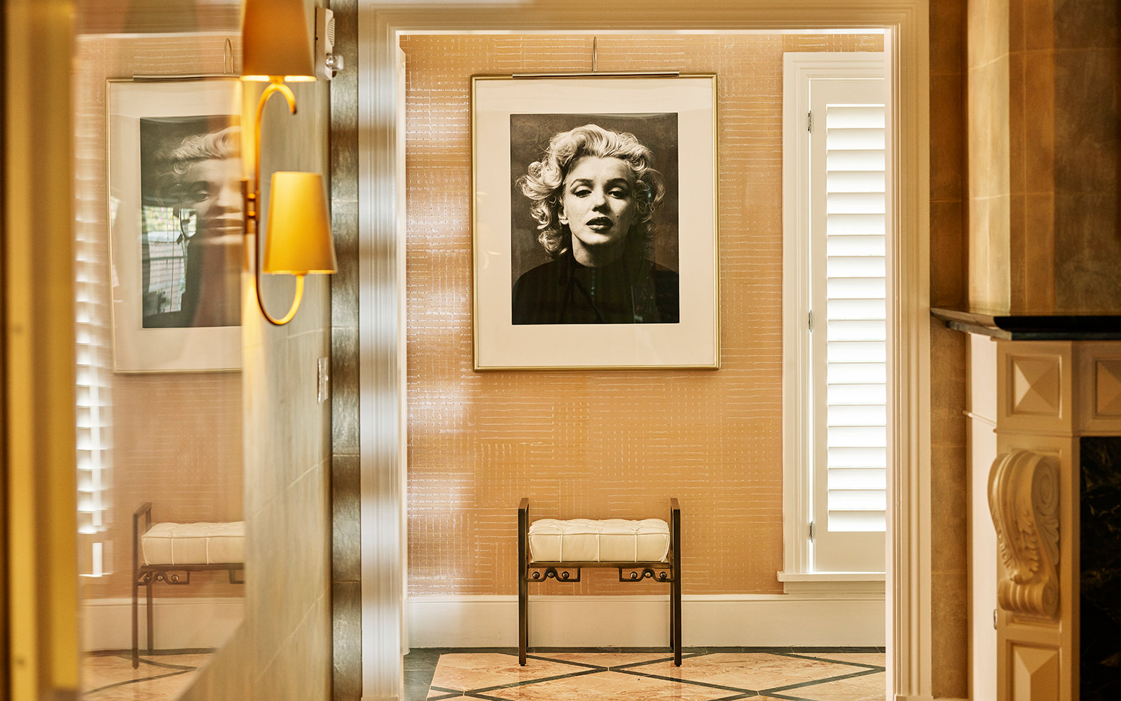 Marilyn Monroe-themed Bungalow Lets Experience