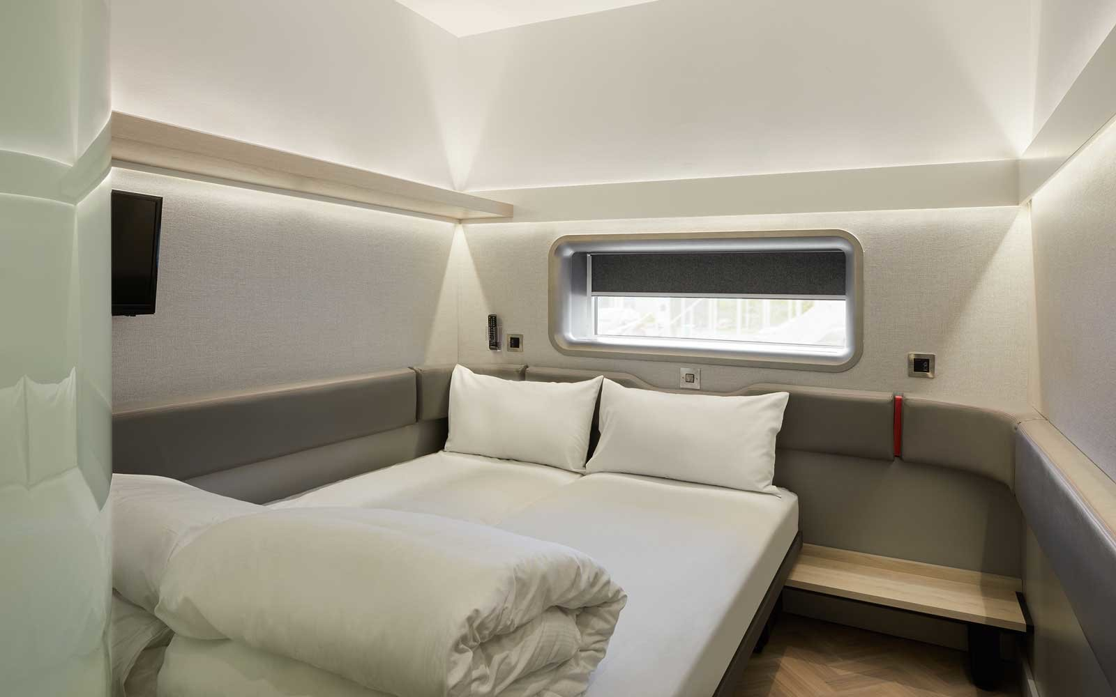 Tiny Hotel Rooms Class Airplane