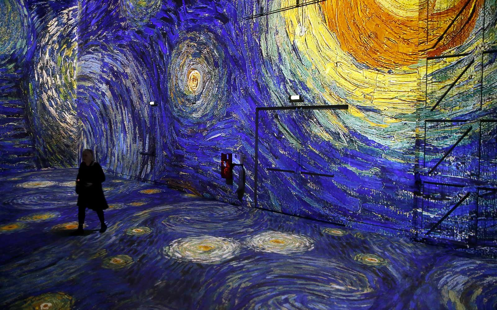 Dreamy Art Exhibit Lets Step Van Gogh