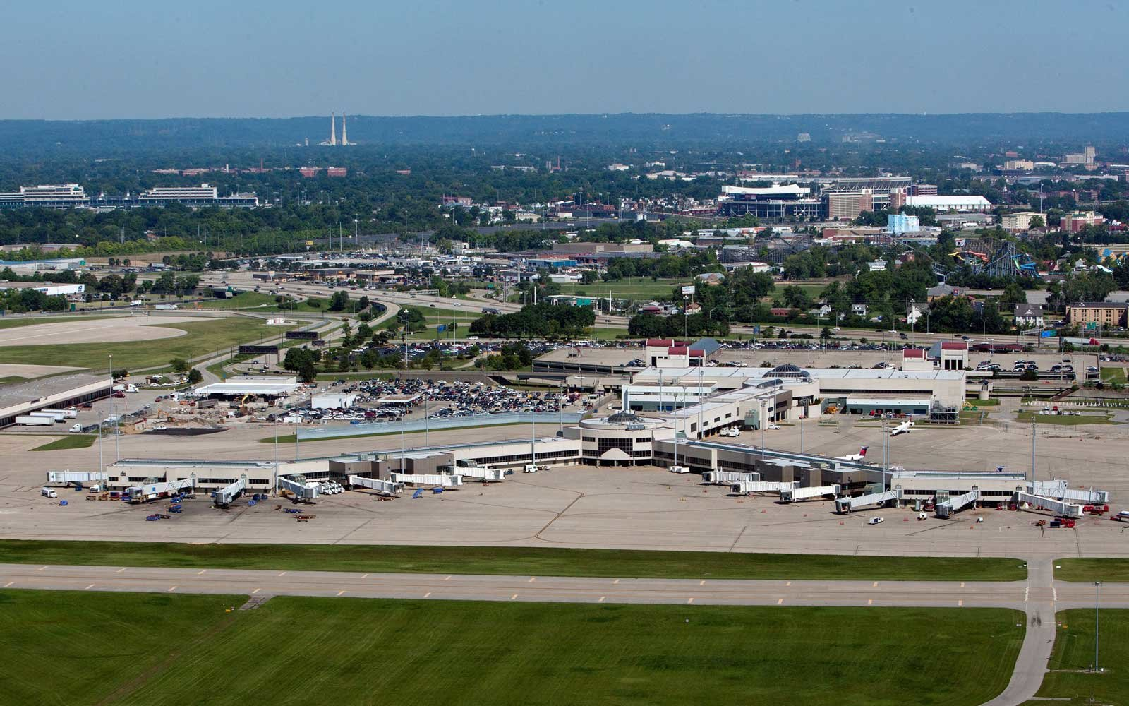 Pilot Arrested At Airport For Alleged Triple Homicide