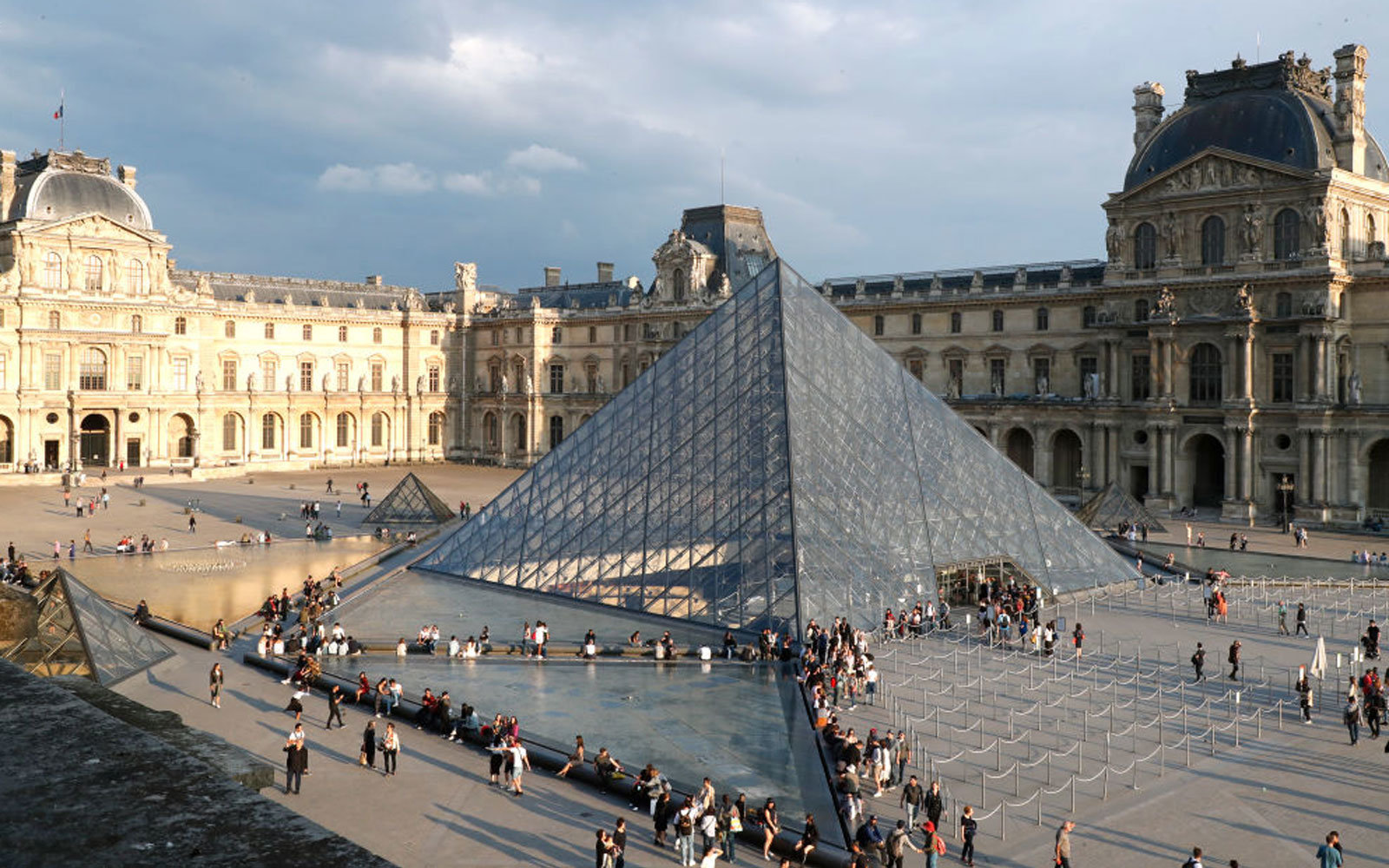 Louvre Reopens Closing Workers Walked
