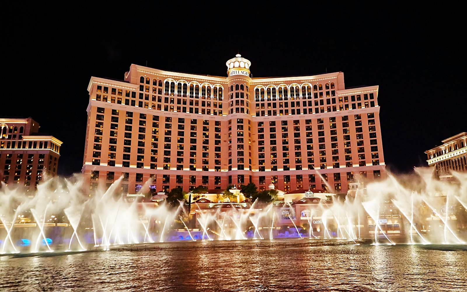 Bellagio Hotel And Casino Travel Leisure