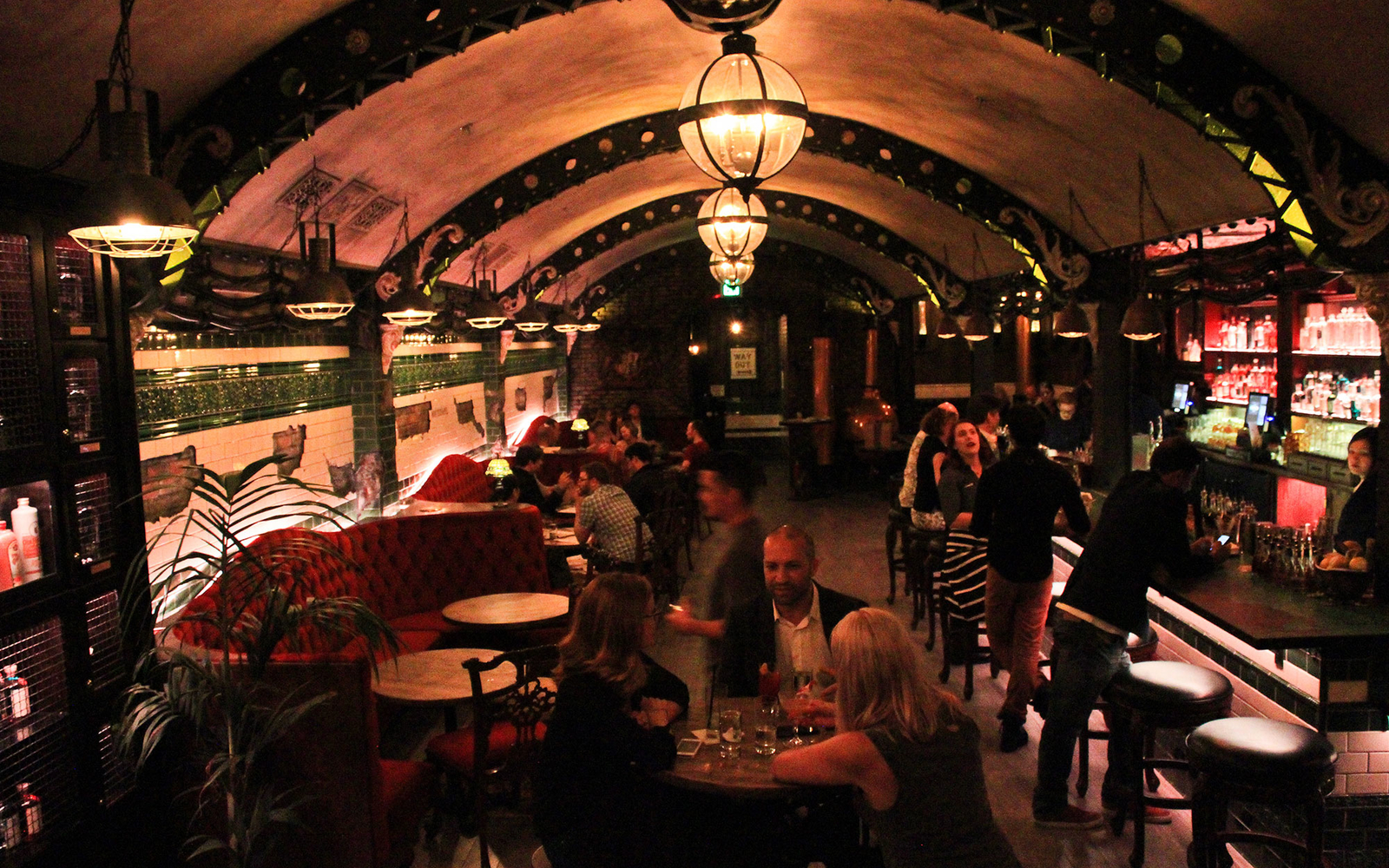Fall In Chicago Wallpaper San Francisco Gets New Gin Bar In The Tenderloin Travel