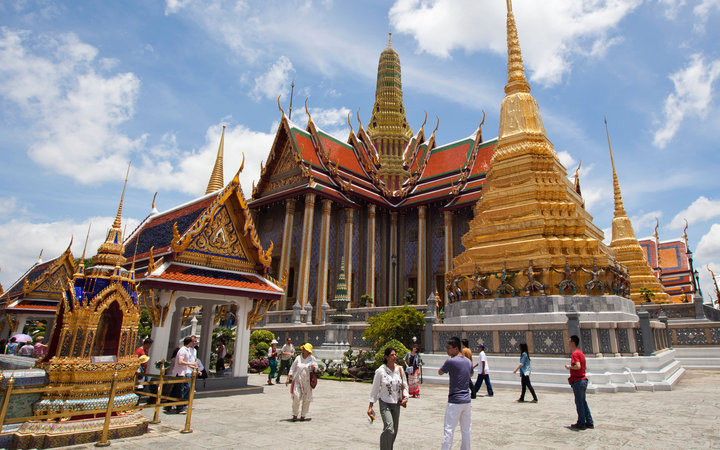 https://i0.wp.com/cdn-image.travelandleisure.com/sites/default/files/styles/720x450/public/201411-w-worlds-most-visited-tourist-attractions-grand-palace-bangkok.jpg