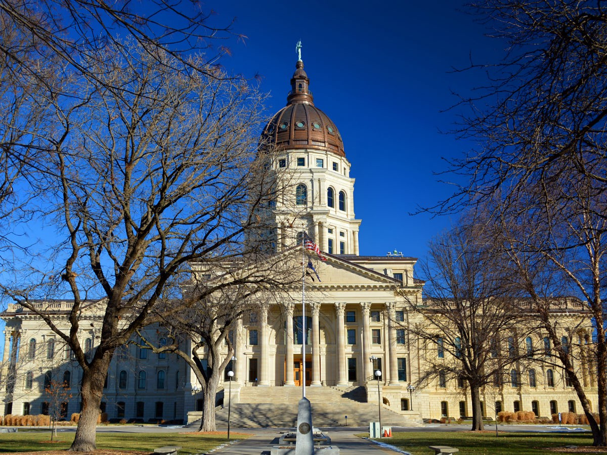 Kansas Bill Would Pay Students A 2500 Bounty To Hunt For
