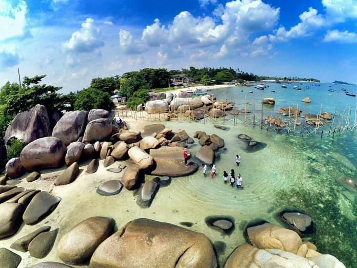 Beaches Please; Ini 5 Pantai di Bangka Belitung Dengan ...