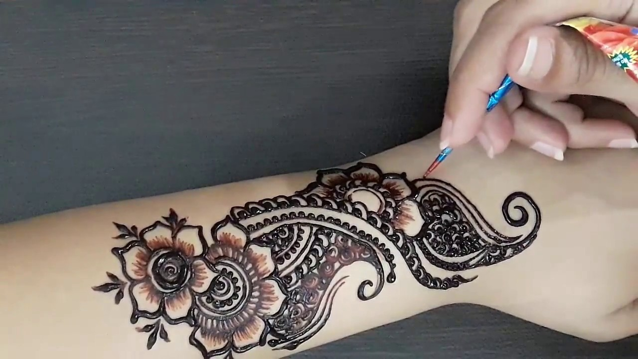 Simple Front Hand Arabic Mehndi Design 2018