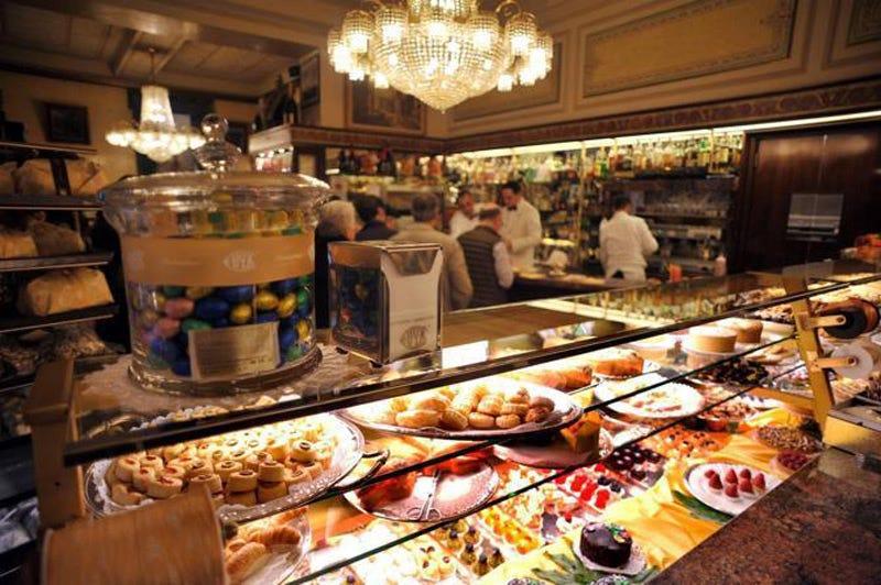 7 Best Bakeries Around The World Lococinain Medium