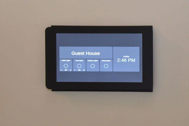 FlushMounted Raspberry Pi Home Automation Touchscreen