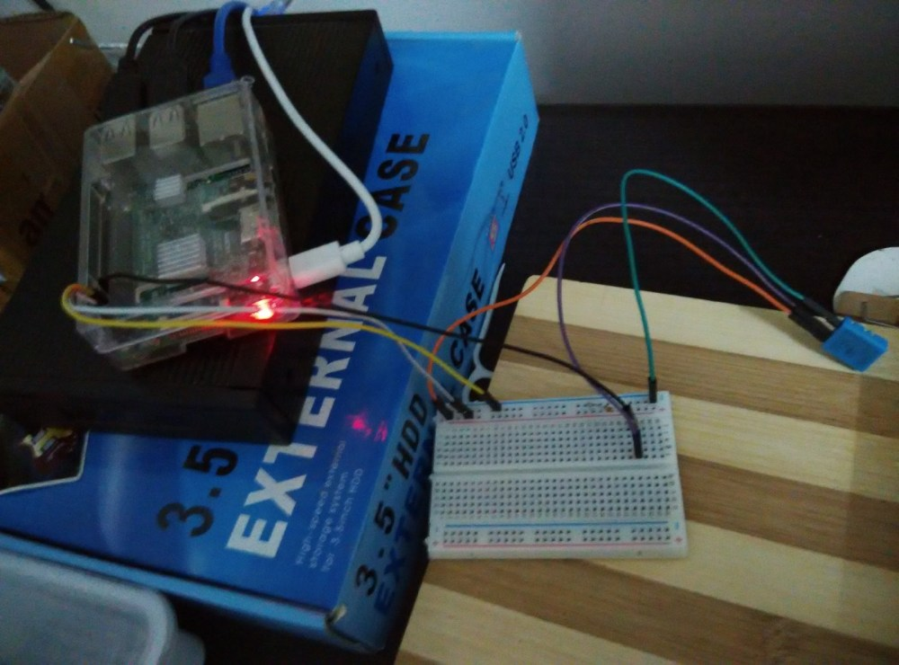 medium resolution of raspberry pi 3 with dht11