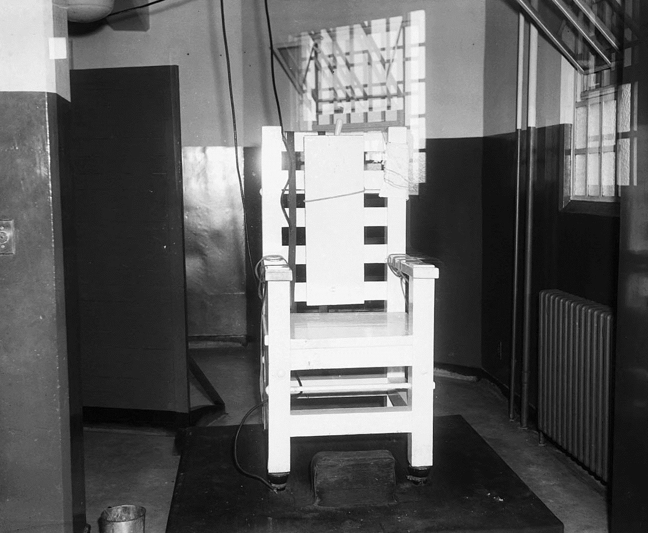 What States Still Use The Electric Chair This Landmark Supreme Court Case Outlawed The Death