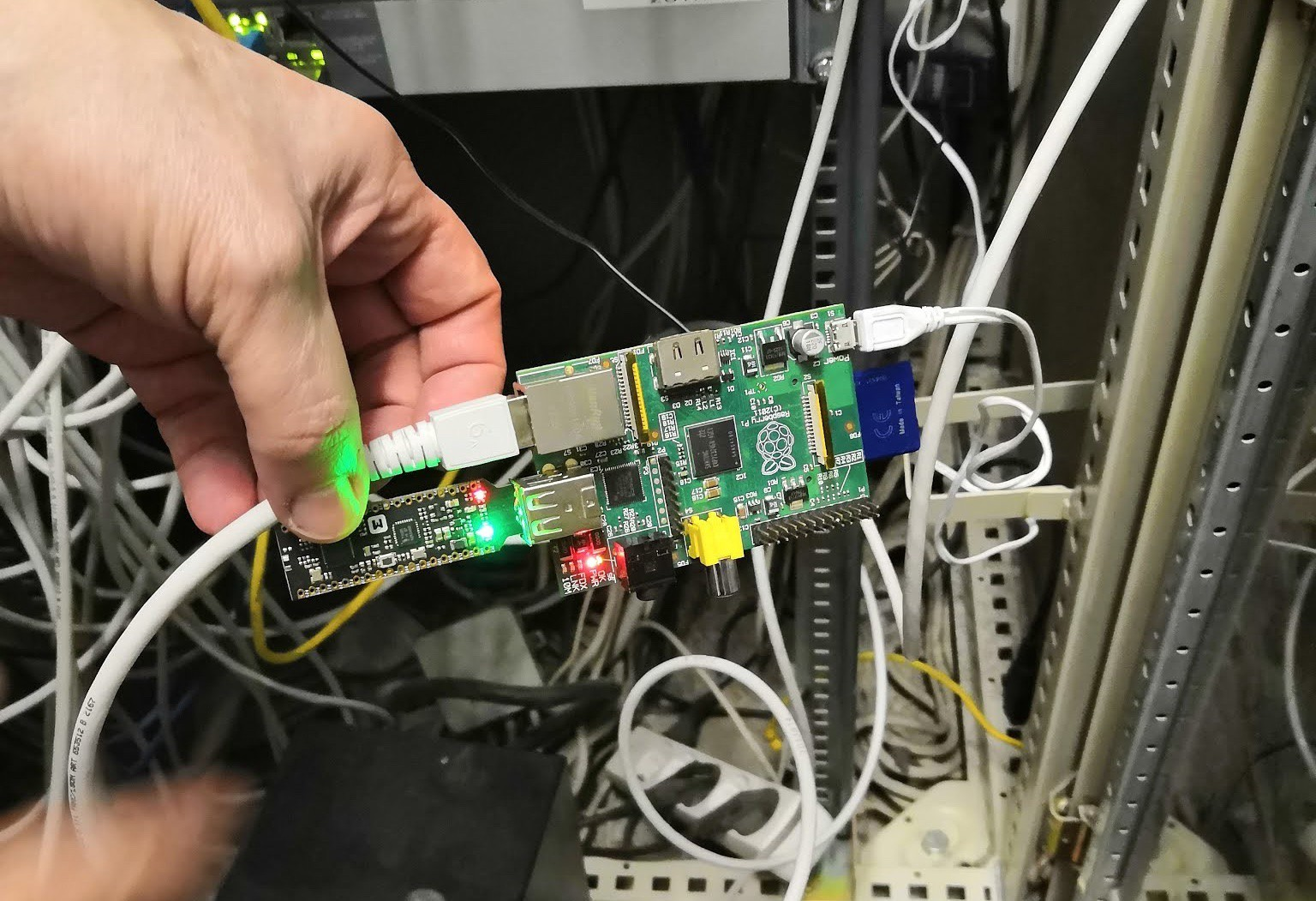 hight resolution of a raspberry pi in the closet
