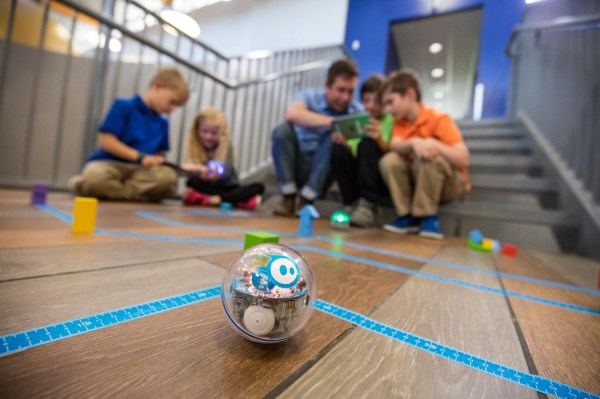 Introducing Sprk Sphero Medium