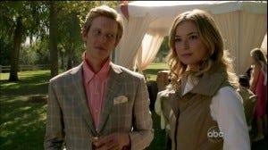 Nolan e Emily: Os melhores figurinos