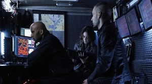 agents-of-shield-among-us-hide