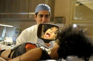 """""""Qual a semelhança entre a anestesia e o japonês? Quando metem ninguém sente nada!"""""""