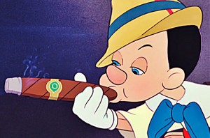 O Pinocchio não tinha problema porque ele não era um menino de verdade ainda, é isso?