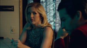 """""""Eu entediada jantando com o boy"""""""