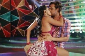 Beijo teve. Mas e a dança?