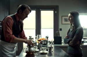 hannibal ep1x04 mads mikkelsen kacey rohl