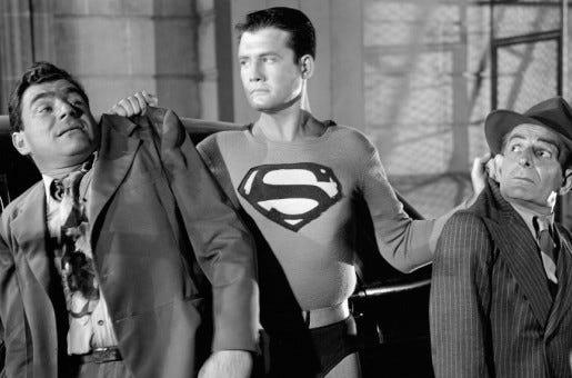 """George Reeves em cena do seriado """"As Aventuras do Superman"""", que ficou no ar entre 1952 e 1958."""