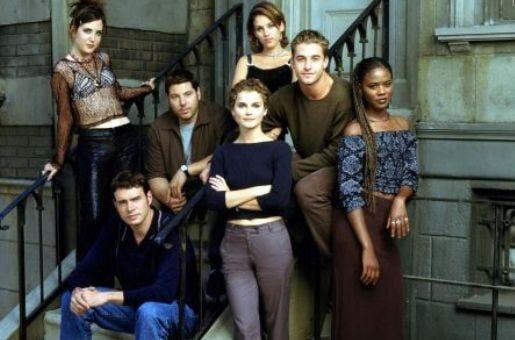 A história de Felicity girava em torno da protagonista e seus amigos que frequentavam a Universidade de Nova York.