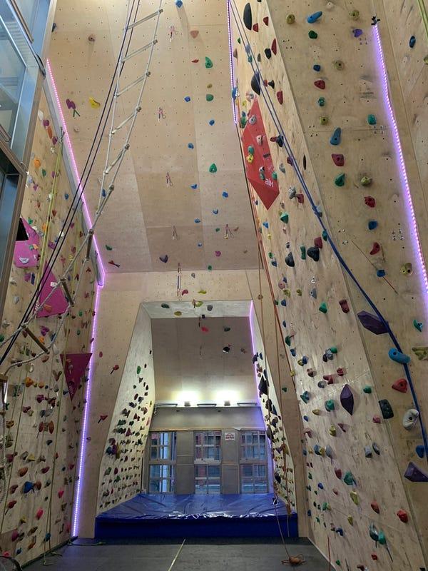 北市大稻埕台灣攀岩第一品牌Double8岩究所 『攀岩體驗』尊榮會員VIP活動