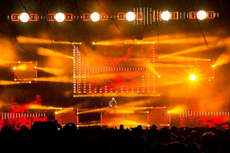 David Guetta e Robin Schulz fazem um show vibrante no Anhembi, em São Paulo.