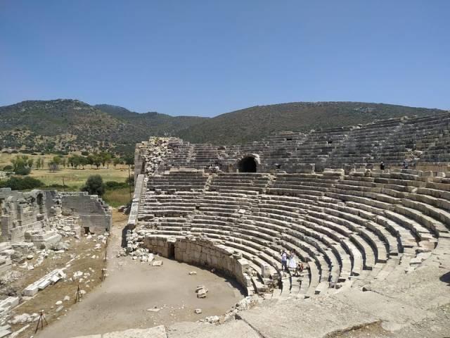 Patara Antik Kenti tiyatro