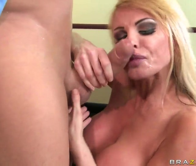 Ramon Have Sexy Sex With Blonde Taylor Wane In A Hardcore Passionate Sex Video