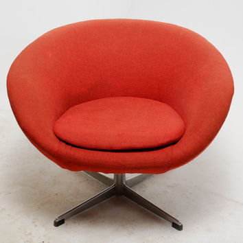 swivel pod chair kitchen covers ireland mid century modern overman from revolverseattle on lounge in original red fabric
