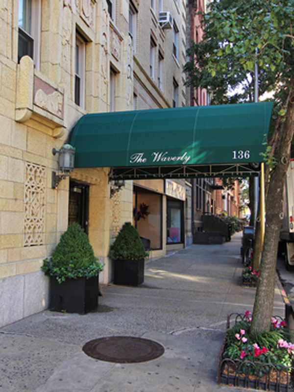 The Waverly At 136 Pl In West Village S