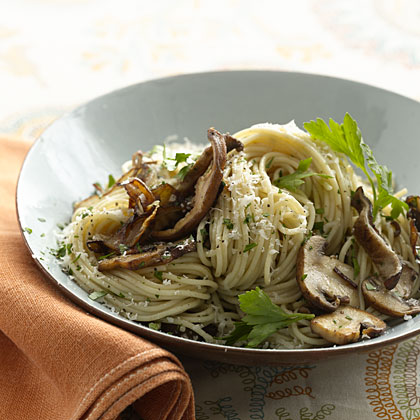 Whole-Wheat Pasta With Mushrooms - Health.com