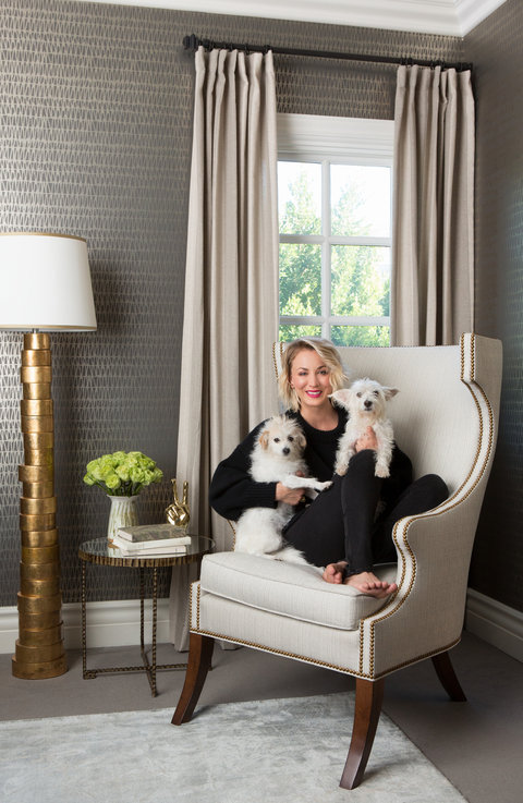 Tour Kaley Cuocos Guest Bedroom Photos  InStylecom