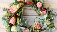 Non-Traditional Floral Wreaths for the Holidays | InStyle.com