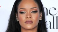 See Rihanna's New Blunt Bob Hairstyle | InStyle.com