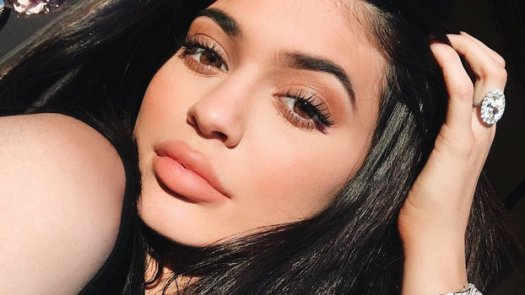 Kylie Jenner Shows Off Her Freckles in a No-Makeup Selfie ...