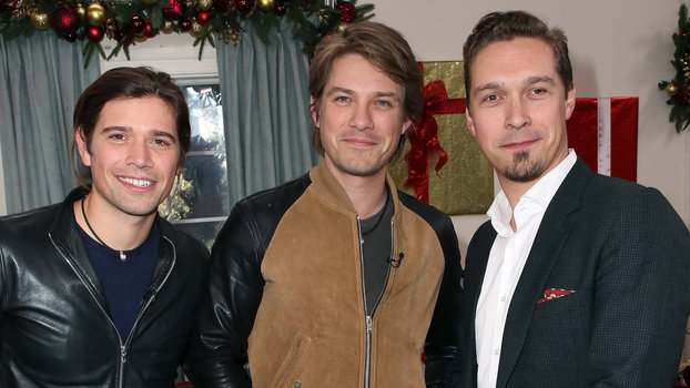 Lead Singer Taylor Hanson From 90s Band Turns 34 Today