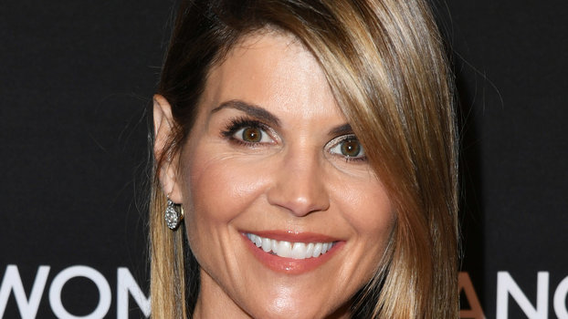 What Is Lori Loughlin S Net Worth Instyle