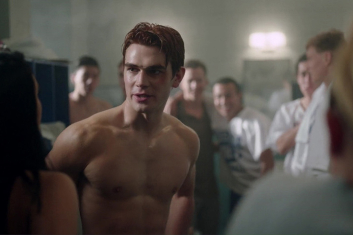 Riverdale S Kj Apa Puts His Abs To The Test Instyle Co Uk