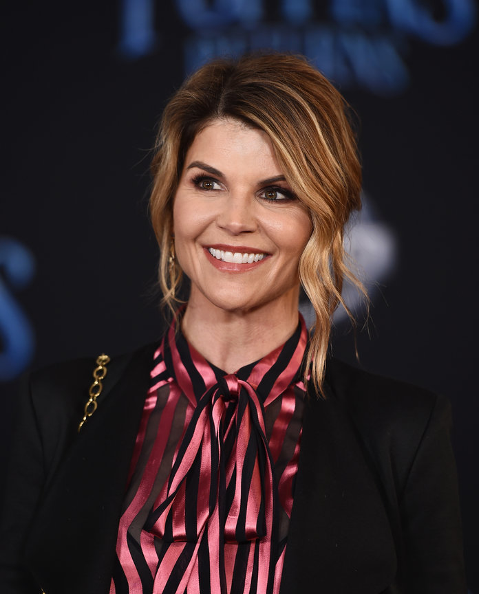 Lori Loughlin Is Allegedly Dealing With Crippling Anxiety