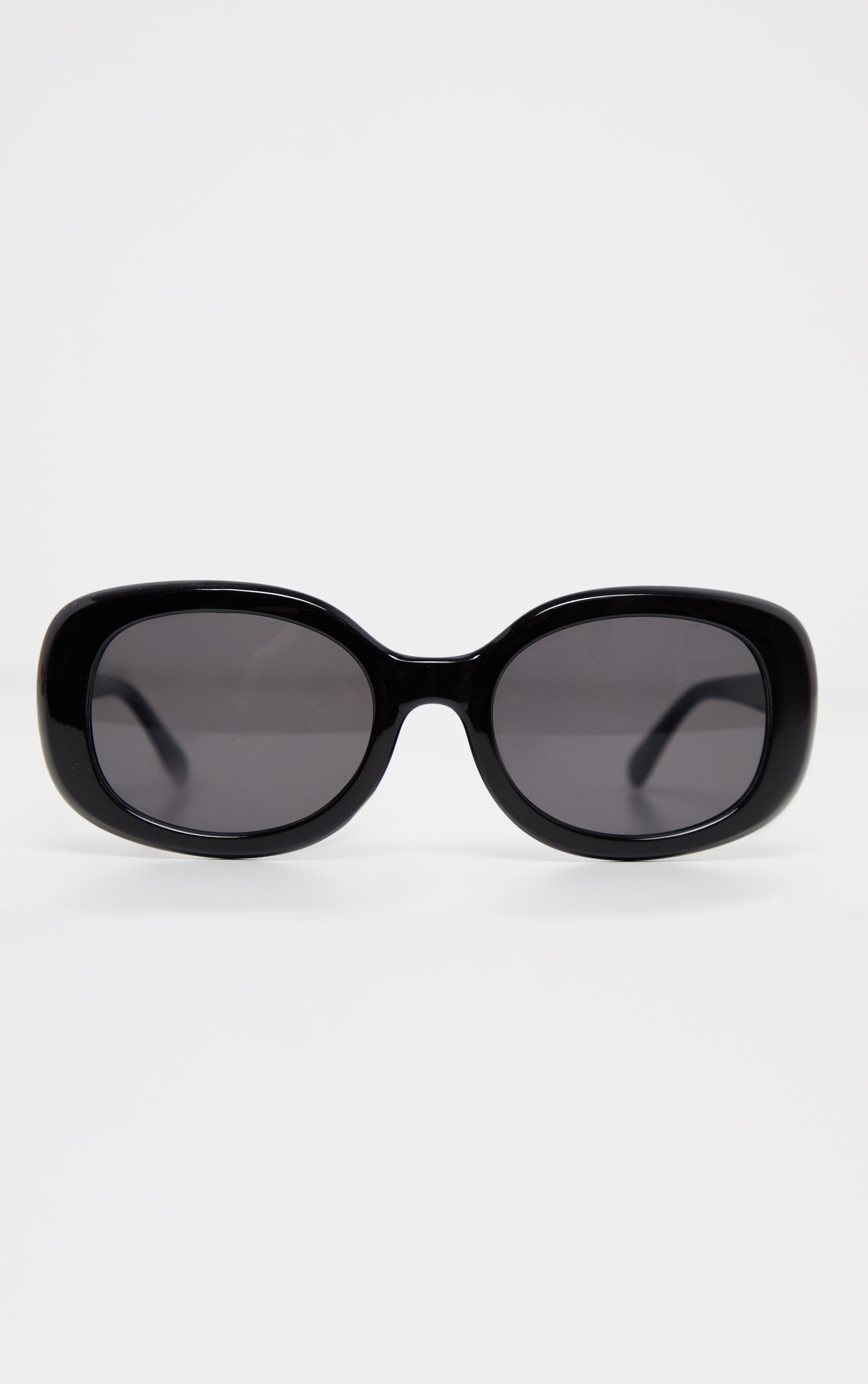Black Oval Shape Retro Sunglasses