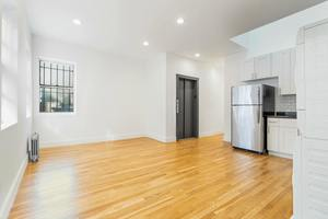 commercial kitchen for rent nyc cabinet redo manhattan apartments from 1450 streeteasy 125 w 72nd street