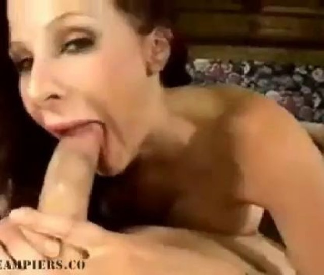 Gianna Michaels Creampie Surprise For Redhead With Melons