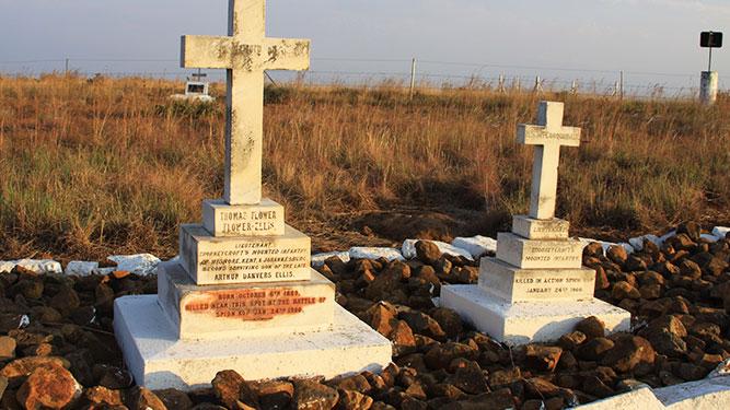 KwaZulu Natal - graves at Spionkop